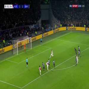 Ajax [2] - 1 Bayern Munich Tadić 82' [PK]