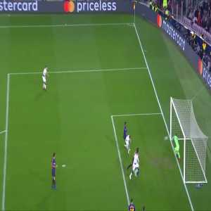 Cillessen amazing save