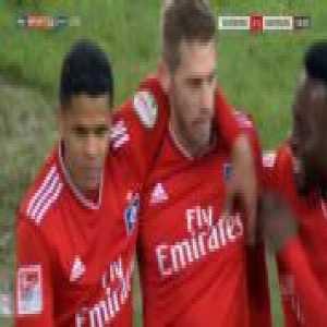 Duisburg 1-[2] Hamburg - Aaron Hunt free-kick 19'