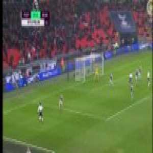 Rose tries to Cross it (Spurs vs Burnley)