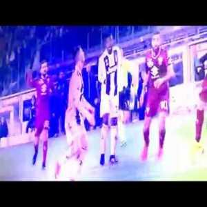 Salvatore Sirigu's great save and injury against Cristiano Ronaldo