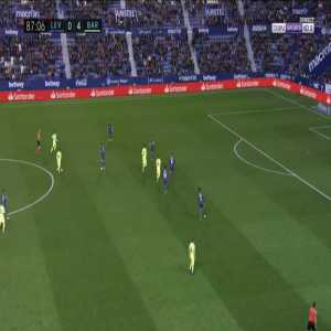 Levante 0-5 Barcelona - Gerard Pique 88'