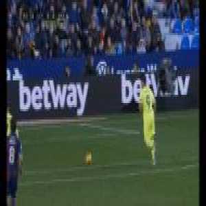 Luis Suarez miss vs Levante
