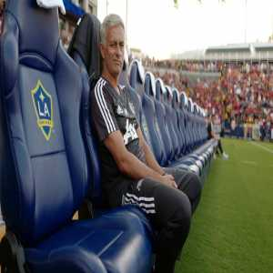 [Grant Wahl] José Mourinho needs a job. LA Galaxy needs a coach. José and Ibrahimovic could be the best tag-team villain combo in MLS history. Let's make it happen.
