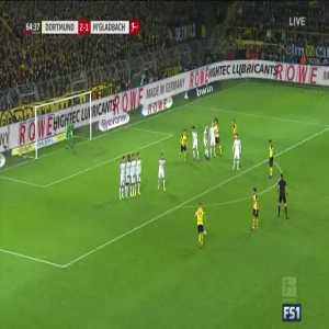 Reus free kick off the crossbar vs Mönchengladbach
