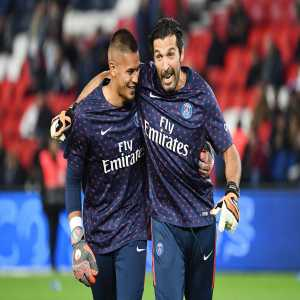 The 2 goalkeepers with the best save ratios in the top 5 leagues in 2018 (atleast 10 matches played): Gianluigi Buffon (82.4%), Alphonse Areola (81.1%)
