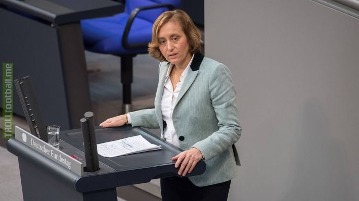 After having won nearly everything in football, Luka Modric decided to start a career as a german politican in the Bundestag.