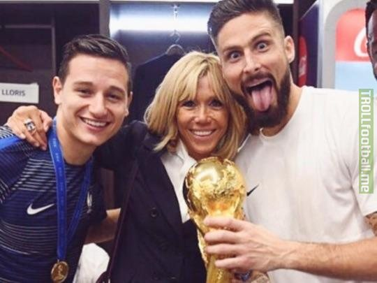 Florian Thauvin and Olivier Giroud celebrating their World Cup win with Pavel Nedved