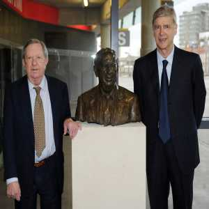 """Arsene Wenger on the passing of Peter Hill-Wood (Former Chairman ): """"He carried the values of Arsenal through the generations, and guided the club with vision, courage and intelligence. We will all miss him deeply."""""""