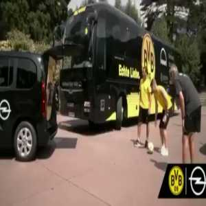 """Marco Reus said """"fuck your mother"""" in Serbian, in an Opel ad. Nobody from Opel noticed and the ad was published without the swearing edited out."""