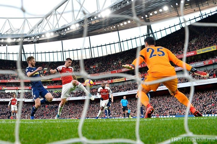 Arsenal 4-1 Fulham - Xhaka, Lacazette, Ramsey and Aubameyang get the Gunners firing again