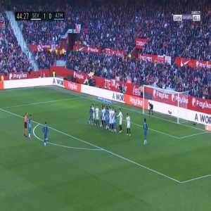 Sevilla 1-[1] Atlético Madrid - Antoine Griezmann free-kick 45'