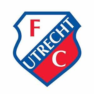 [Official] Riechedly Bazoer signs for Utrecht