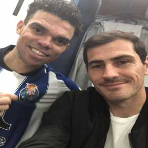 Casillas and Pepe reunited, Porto fans wet dream