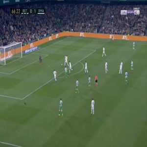 Betis [1]-1 Real Madrid - Sergio Canales 67'