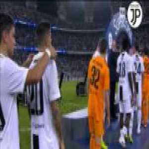 Dybala trying to pull a prank on Cancelo during the trophy ceremony... didn't notice the portuguese could see him on the big monitor