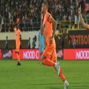 Alanyaspor activated Sporting Lisbon lonaee Merih Demiral's buying clause (3.5m euros) and immediately sold him to Sassuolo with 7m euros.