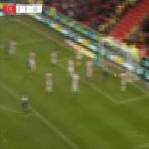 Stoke 2-[1] Leeds - Egzijan Alioski 90'+5'