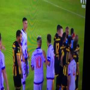 Nacional player punch on Peñarol player in friendly