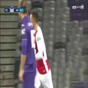 Toulouse 2:[2] Stade Reims - Rémi Oudin 77'