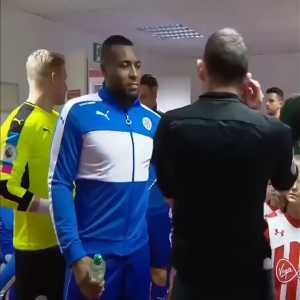 "Before Leicester vs. Southampton Kasper Schmeichel hugs Pierre-Emile Højbjerg, to which Jamie Vardy says ""Ooooh, Danish friends!"""
