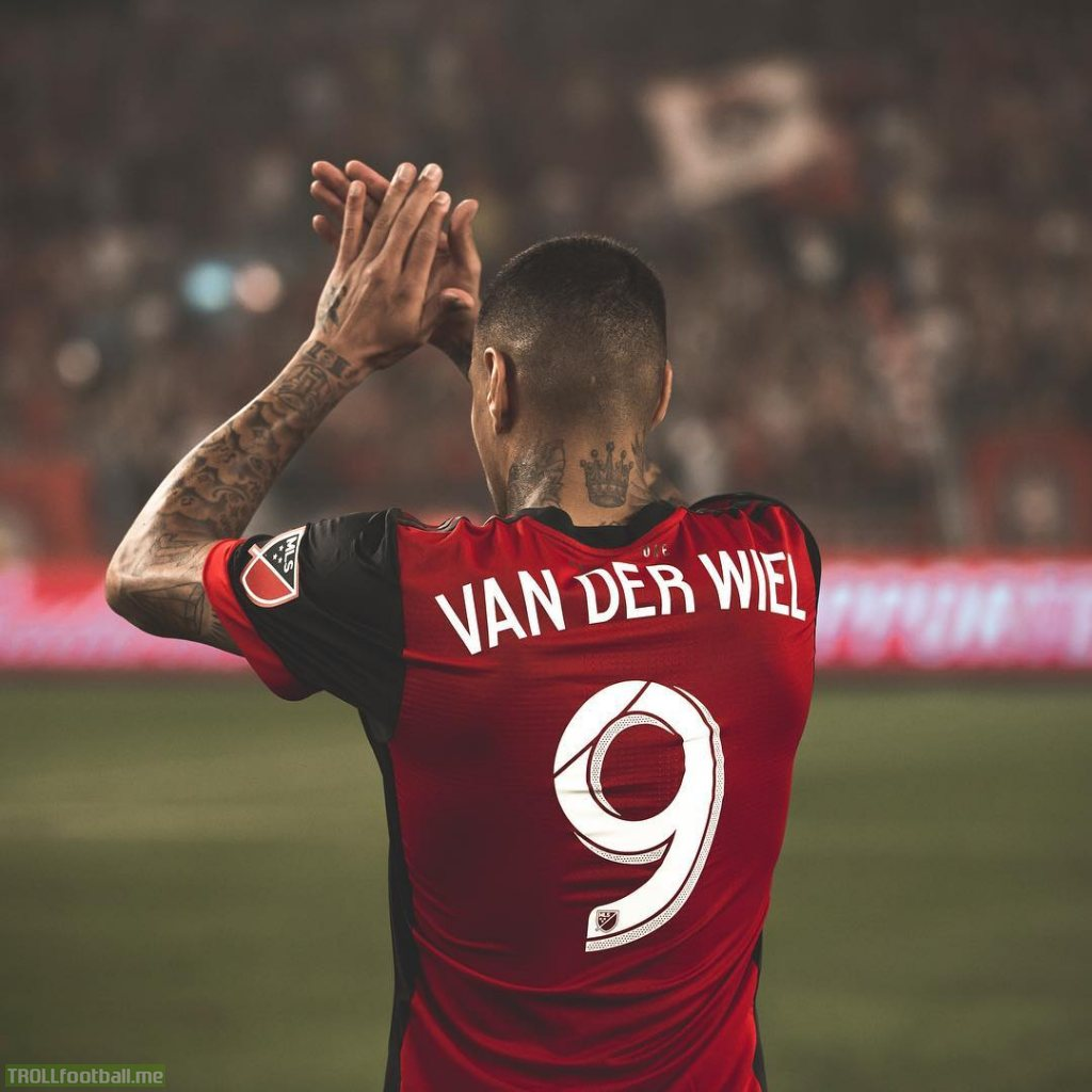 Gregory van der Wiel posts a goodbye message to Toronto FC fans confirming his departure after an altercation with manager Greg Vanney