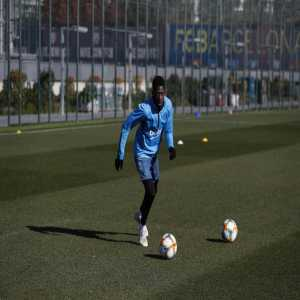 Dembele is back to training. [Romero]