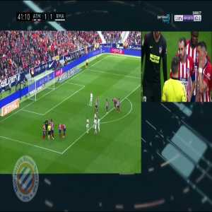 Atletico Madrid 1-[2] Real Madrid : Sergio Ramos penalty 42' (+ call)