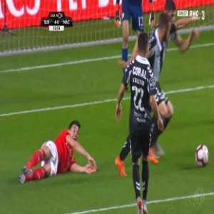 Benfica 5-0 Nacional - Pizzi penalty 54'