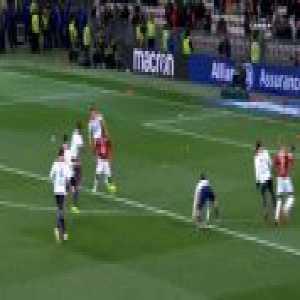 Nice 1-0 Lyon - Remi Walter penalty 69'
