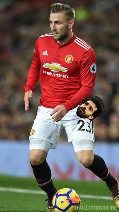 Mohamed Salah Is Finally Found.. He's In The Pocket Of Luke Shaw..😭😭😂😂😂😂