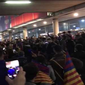 """Barcelona fans singing """"Where is CR7?"""""""