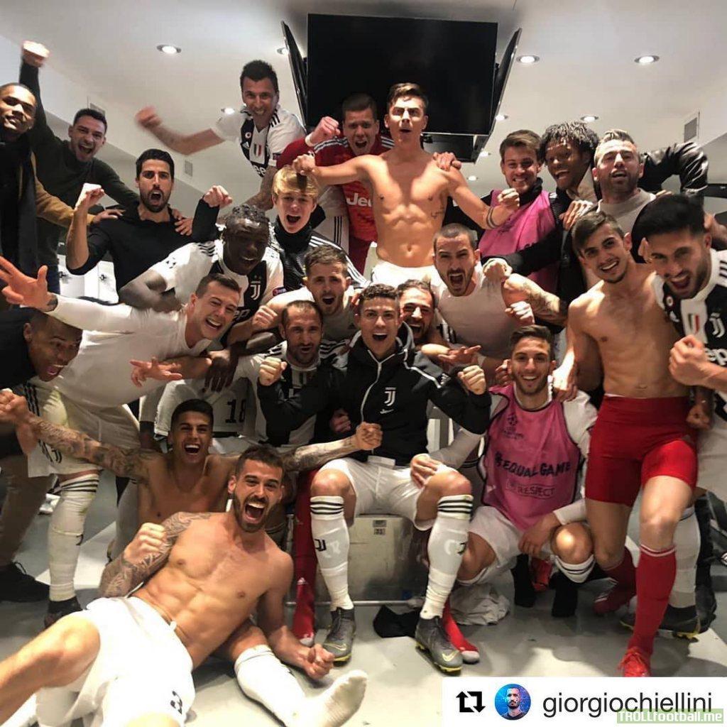 Buffon congratulates his former teammates after their comeback last night.