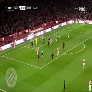 Arsenal [2]-0 Rennes : Maitland-Niles 15' (agg. 3-3)