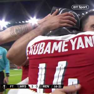 """""""I needed the mask, it's for those who represent me ... In Gabon the national team are the panthers."""" Pierre-Emerick Aubameyang explains his celebration. [ BTsport]"""