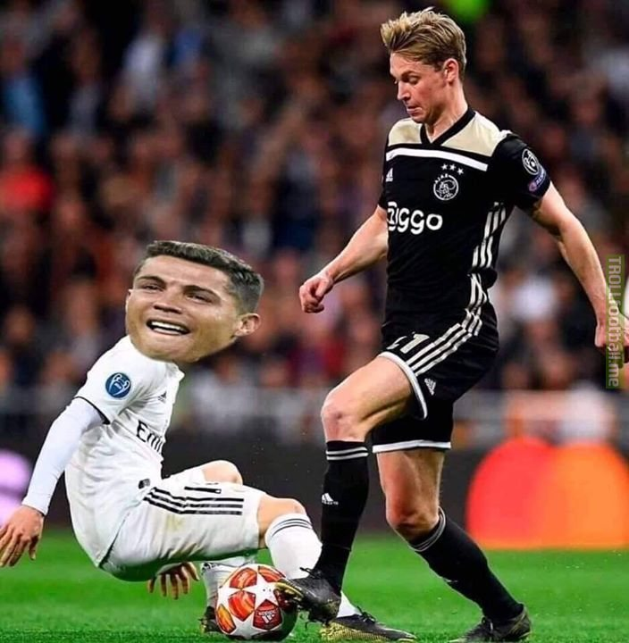 """I would like Barcelona to get a double delight by eliminating Juventus just like Real Madrid."" -Frenkie De Jong"