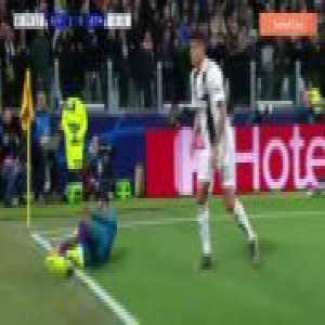 Juventus defense vs Atletico Madrid (Juventus 3-0 Atletico Madrid)