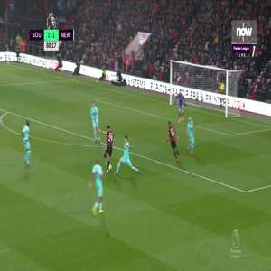 Bournemouth [2]-1 Newcastle United: King