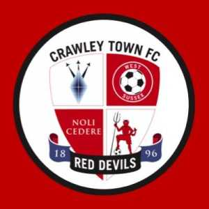 Crawley were beating Crewe 1-0, after 4 goals in 6 minutes it's now 4-1 to Crewe
