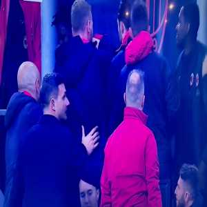 Franck Kessié having to be held back as he argues with Biglia