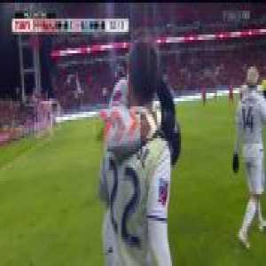 Toronto FC 2-[2] New England Revolution - Carles Gil 52'