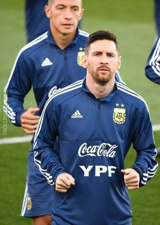 📸 Messi training with NT in Santiago Bernaleo!!!