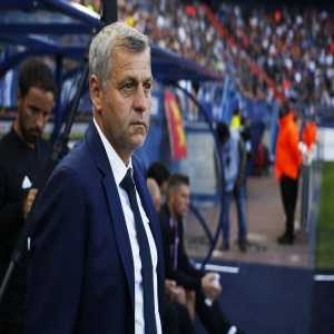 Lyon largest supporter group issues a statement asking for Bruno Genesio departure at the end of this season amid uncertainty on his contract extension. Chairman Jean Michel Aulas is supposed to take a decision at the end of the month.