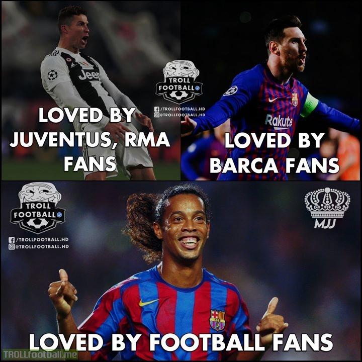Simply Ronaldinho!👑🔥