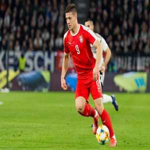 [Esports SER Cataluyna] FC Barcelona have been in contact with Frankfurt Striker, Luka Jovic. The player's priority is Barca and he is priced around 60-70 million euros. An agreement has not yet been reached but initial talks have been good