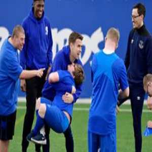 💙 Happy World Down Syndrome Day! 😁  🎥 Everton Football Club