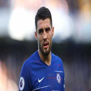 Mateo Kovacic wants to remain in the Premier League even if he doesn't stay with Chelsea, according to Marca.