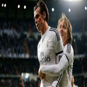 "Gareth Bale: ""Modric is the best player I've played with. Ronaldo is an incredible player too""."