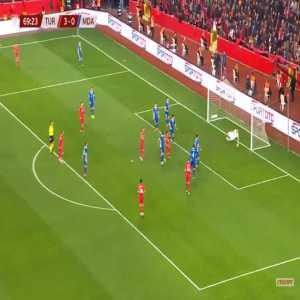 Turkey 4-0 Moldova - Kaan Ayhan 70'