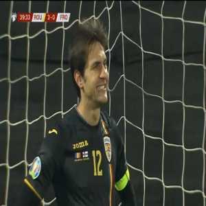 Romania 3-[1] Faroe Islands - Viljornur Davidsen penalty 40'